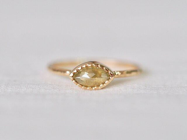 Chamomile Marquise Diamond Ringの画像1枚目