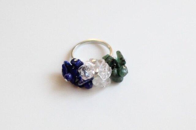 ラピスラズリ&クリスタル(水晶)&エメラルドのトリコロールリングの画像1枚目