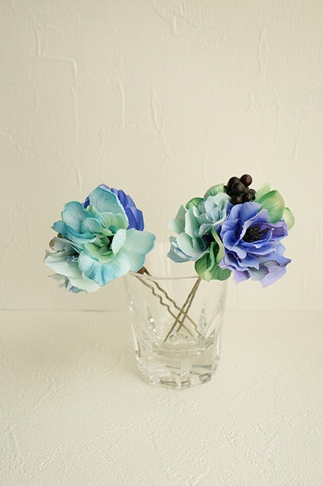 ブルーのお花の親子かんざしの画像1枚目