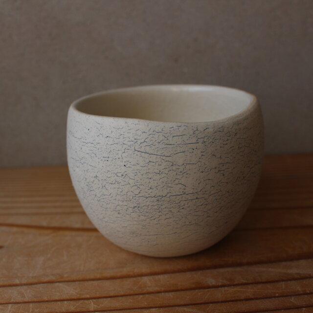 顔料青  育てるウツワ 揺ら フリーカップ(地シリーズ)白 陶土の画像1枚目