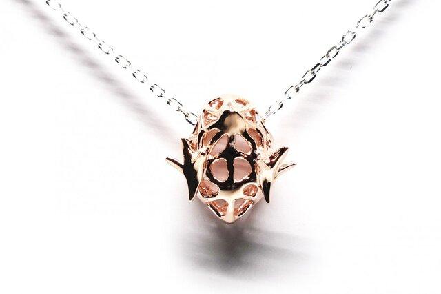 ピンクまめひよこのネックレスK18メッキSV925【Pio by Parakee】little chick necklaceの画像1枚目