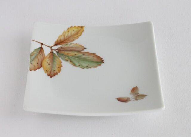 コナラの皿の画像1枚目