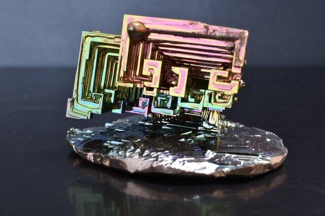 ビスマス結晶オブジェ(小)の画像1枚目