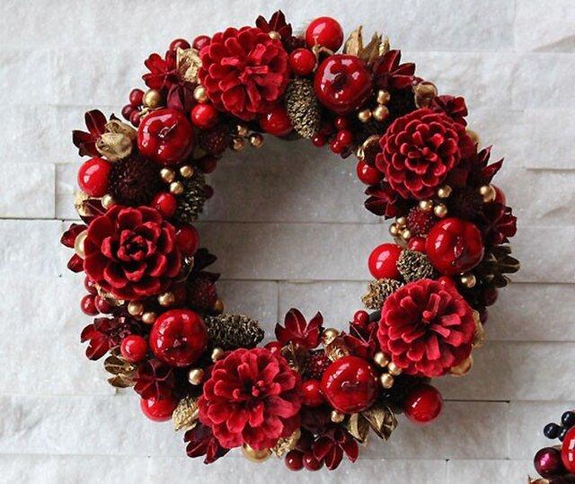 りんご・松ぼっくり・木の実・レッド・リース (38R20) クリスマスの画像1枚目