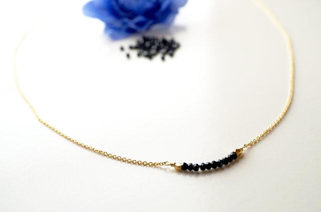 華奢なブラックスピネル Noir Spinel necklace N0004の画像1枚目