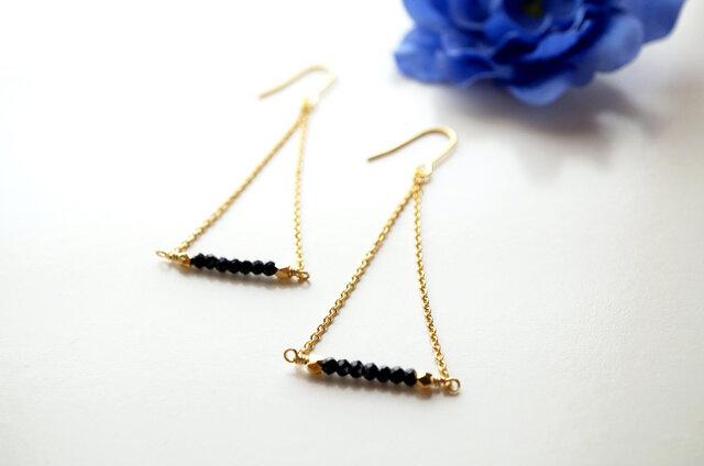 ブラックスピネルピアス Noir Spinel earrings P0026の画像1枚目