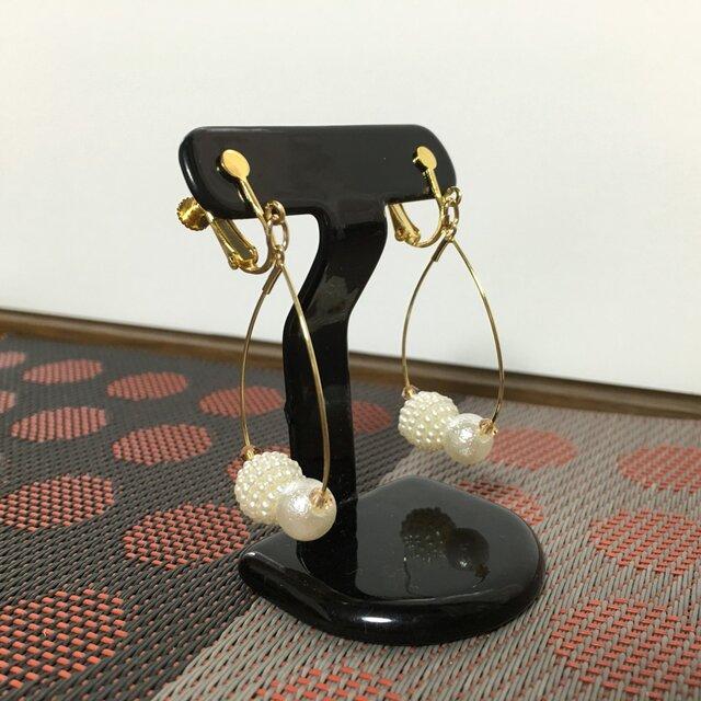 金具が選べる しずく型フープイヤリング・ピアス ゴールド色の画像1枚目