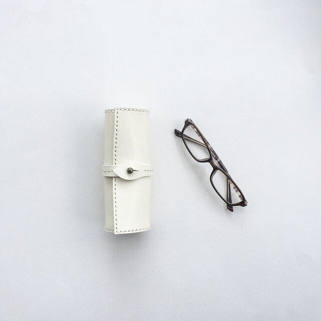 巻物メガネケース 白の画像1枚目