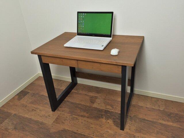 A4サイズの引出し付きパソコンデスク 事務机や作業机としても◎の画像1枚目