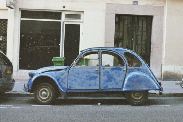 【額付写真】青い車の画像1枚目