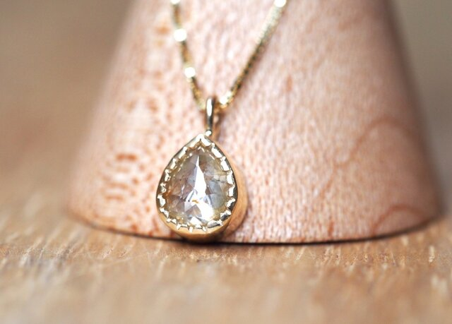 Citrus Mist Drop Diamond Necklaceの画像1枚目