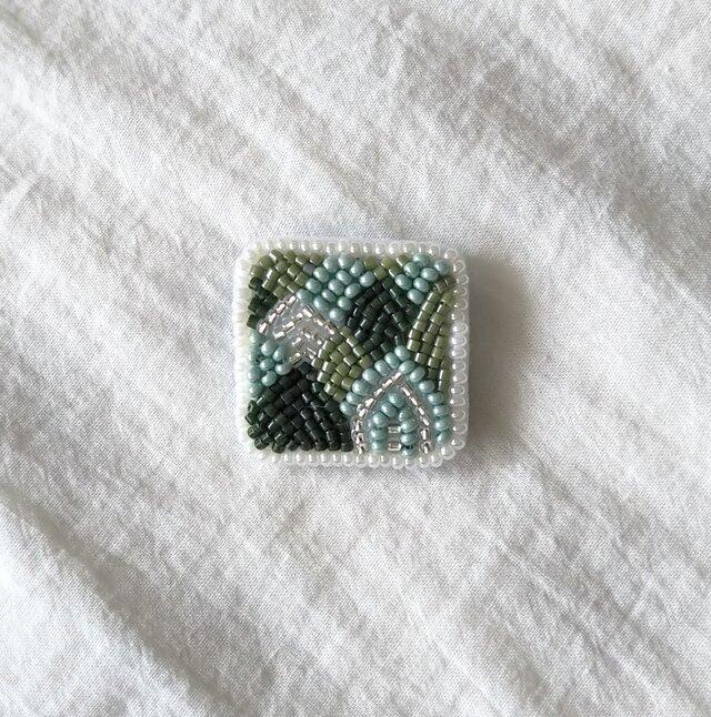 長野、連なる緑 ブローチの画像1枚目