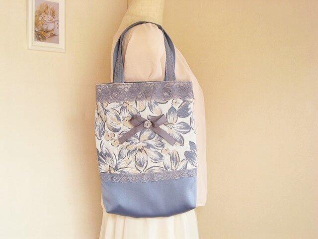リボンとレース付きパープルのかわいい花柄手提げバッグの画像1枚目