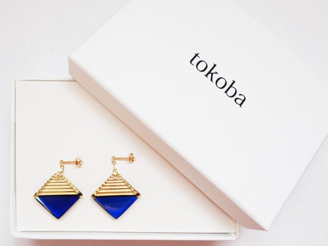 tokoba クリスタルピアス AB-accent (blue)の画像1枚目