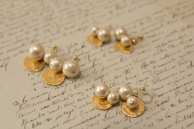 新作 gold × cotton pearl earring ノンホールピアスの画像1枚目
