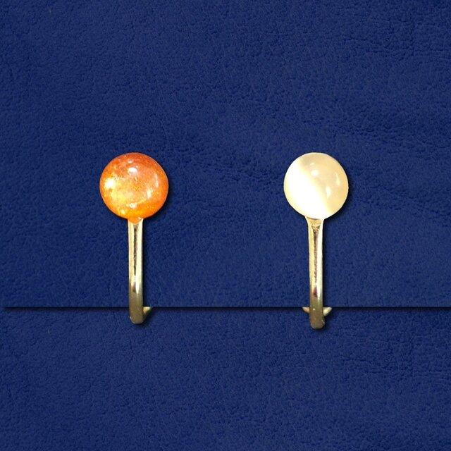 太陽と月のイヤリングの画像1枚目