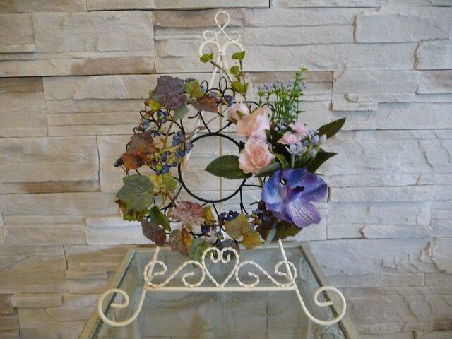薔薇と蘭と蔦のハッピーリースの画像1枚目