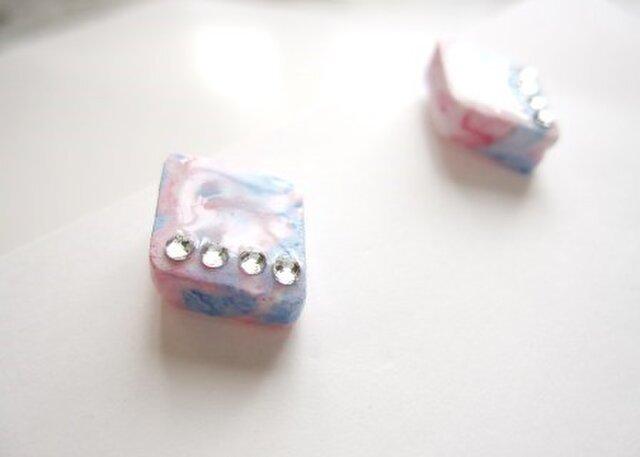 Pink×Blueマーブルピアス〈ラインデコ〉の画像1枚目