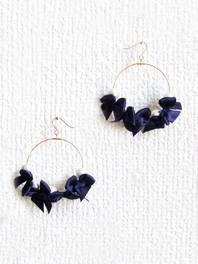 ribbon&cottonpearl pierce【ネイビー】の画像1枚目