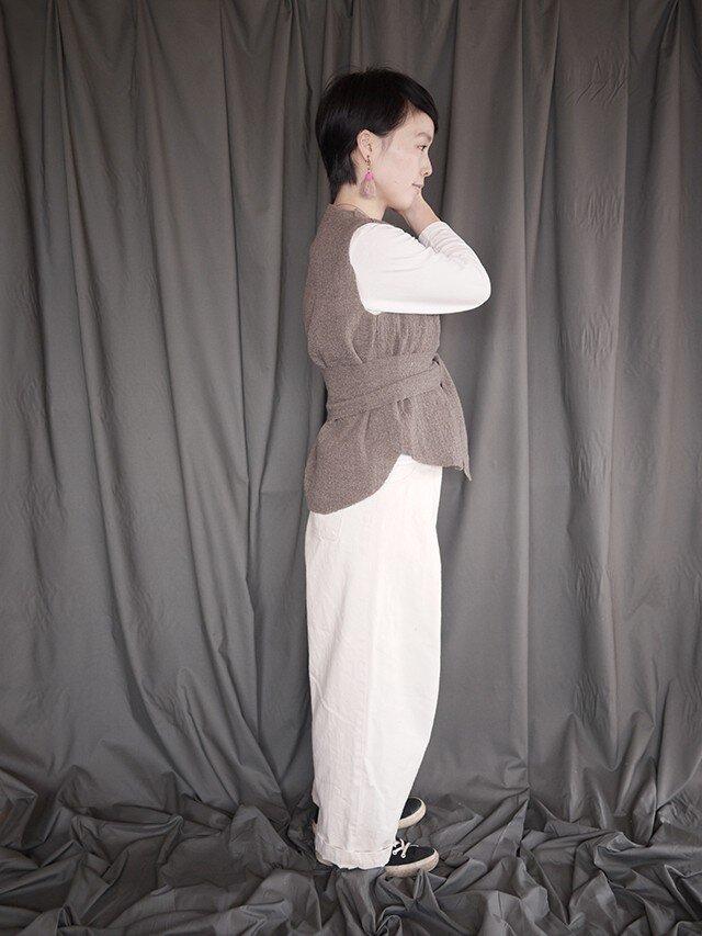 compress wool vest <Light charcoal>の画像1枚目