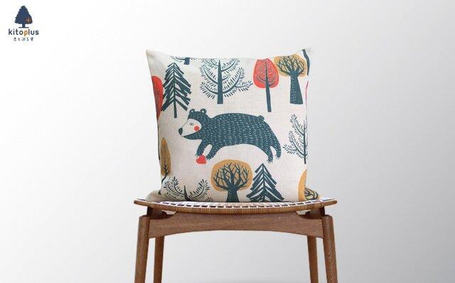 森のクッション Animals in forest Bearの画像1枚目